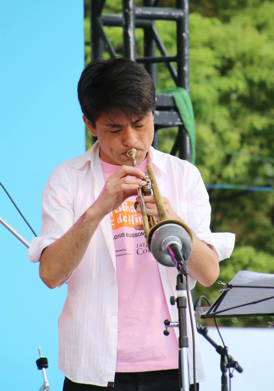 Jazzlive Comin ジャズライブ カミン 広島 本日8月31日土曜日のライブ_b0115606_12205189.jpeg