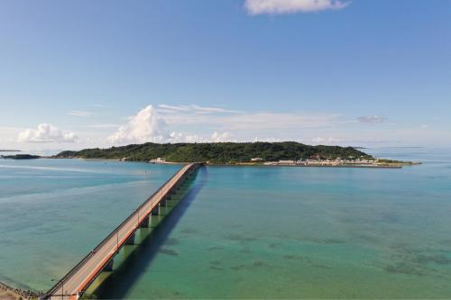 海界の村を歩く 太平洋 浜比嘉島_d0147406_15161354.jpg