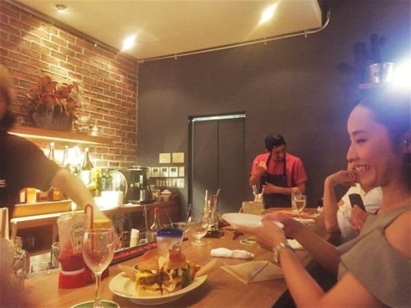 千葉のハンバーガー屋さん 入荷 夏のフランスワークウエア 珍しいワークシャツ、Tシャツ、ワークパンツなど_f0180307_18361644.jpg