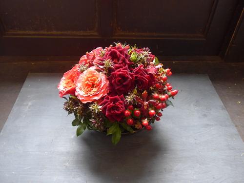 花修行~真っ赤なバラのアレンジメント~_f0232060_2048476.jpg