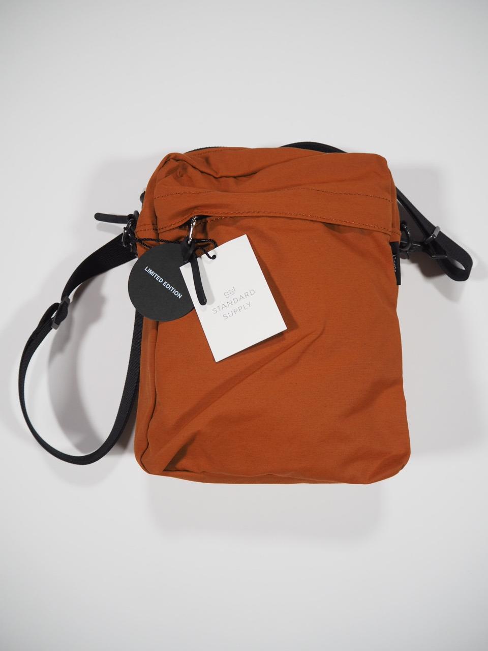 NEW WEEKEND shoulder bag_e0357389_16342041.jpg