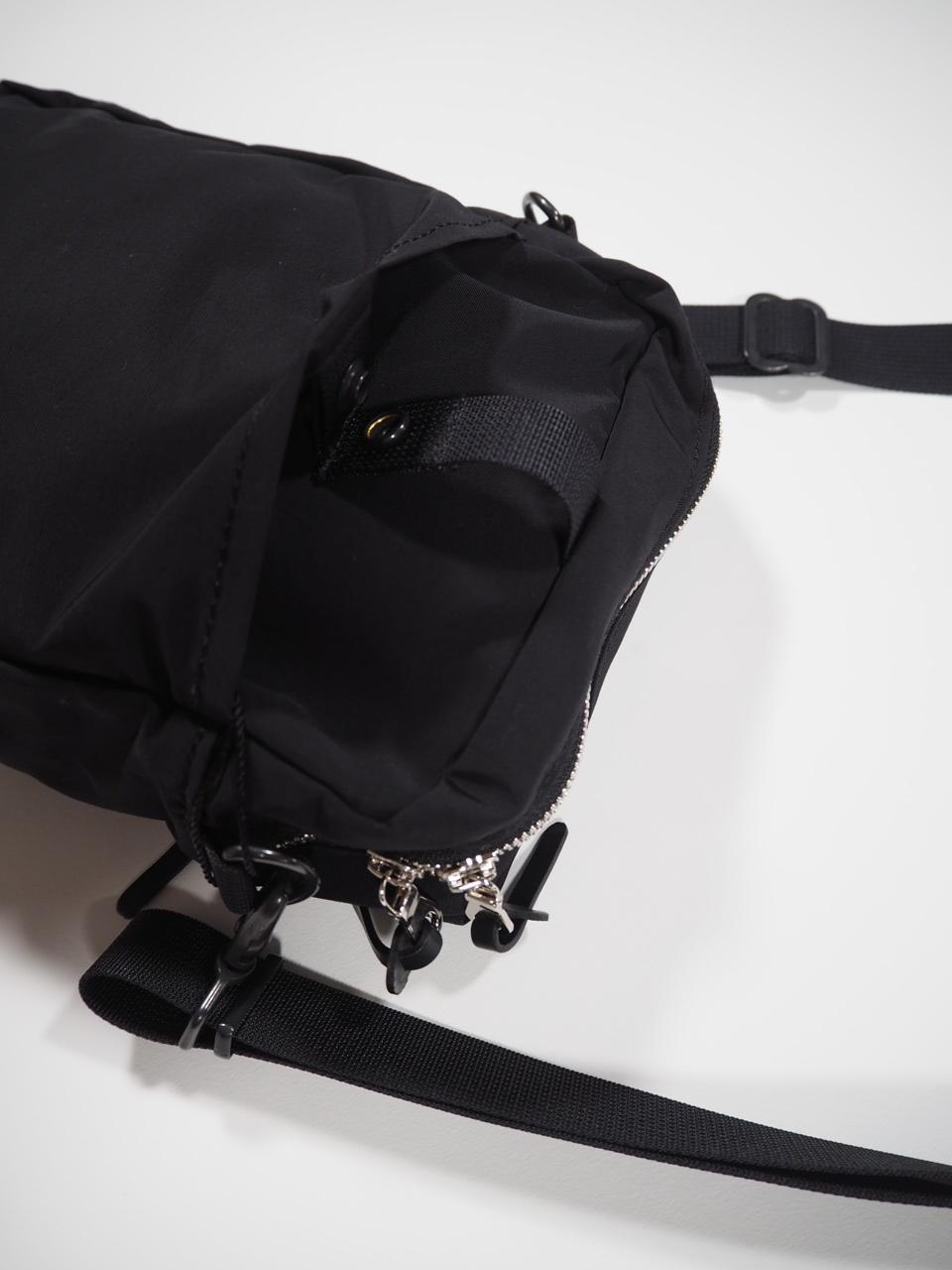 NEW WEEKEND shoulder bag_e0357389_16342177.jpg
