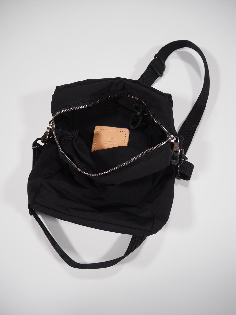 NEW WEEKEND shoulder bag_e0357389_16342185.jpg