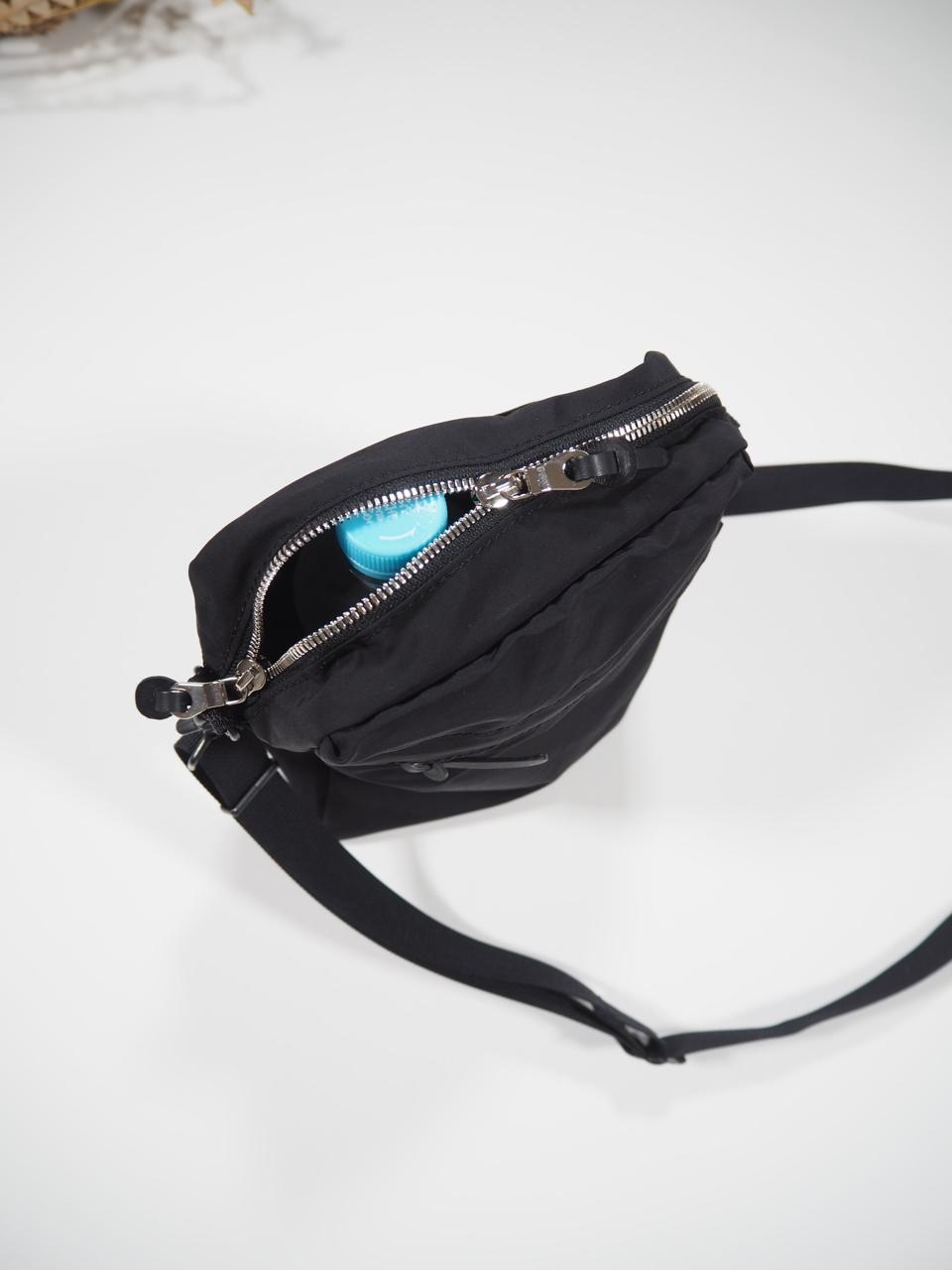 NEW WEEKEND shoulder bag_e0357389_16352885.jpg