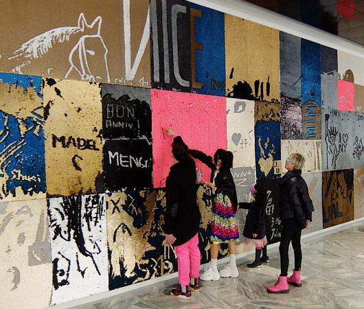 """NYのハドソン・ヤードに自分で描く体験型アート、""""I was here""""(私はここにいた)展示中_b0007805_08062715.jpg"""