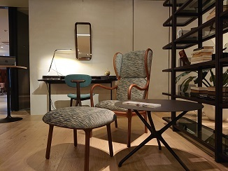 「本物の家具」の存在感!_d0091909_13531968.jpg