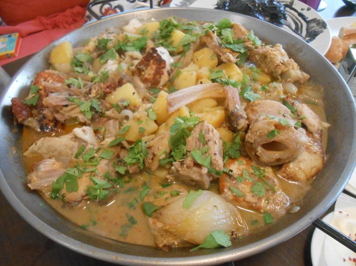 バレンシアで料理する 5)みんなでバレンシア中央市場へ!後編・市場で仕入れた材料で夕ご飯!_a0095931_14225677.jpg