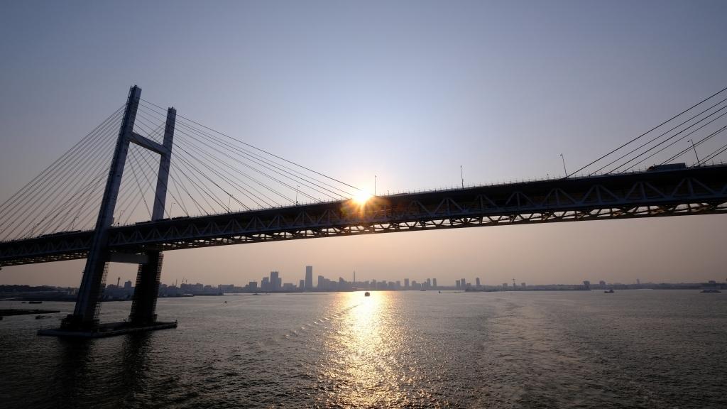 飛鳥 クルーズ 出航 横浜港 視点の違い_f0050534_07312999.jpg