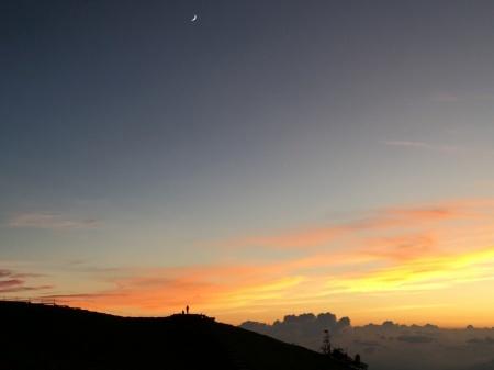8月4日(日)朝の気温16℃。_c0089831_03590431.jpeg