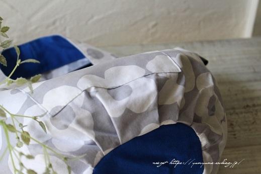 夏色ブルーがチラリ「くり手」の丸底トート♪アレンジ紹介(著書掲載10)_f0023333_22241416.jpg