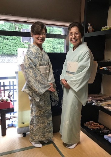 お友達とご来店・絽小紋にまいづる夏帯・V&A博物館_f0181251_15034318.jpg
