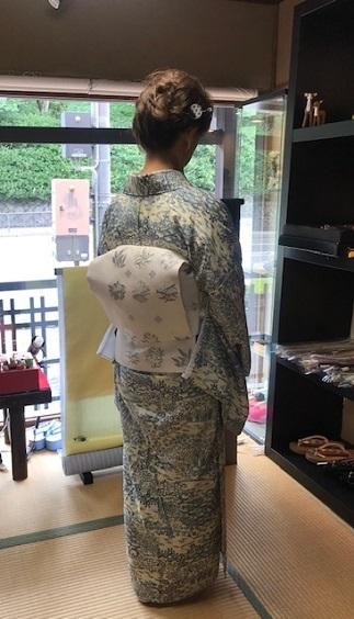 お友達とご来店・絽小紋にまいづる夏帯・V&A博物館_f0181251_15094717.jpg