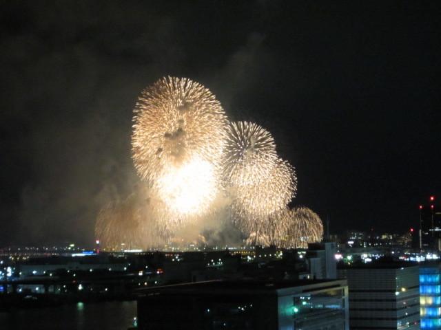 花火大会_f0200477_19044023.jpg