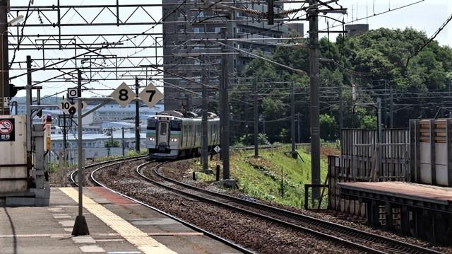 藤田八束の鉄道写真@札幌空港の飛行機達、札幌で見つけた可愛いマンホール_d0181492_22405041.jpg