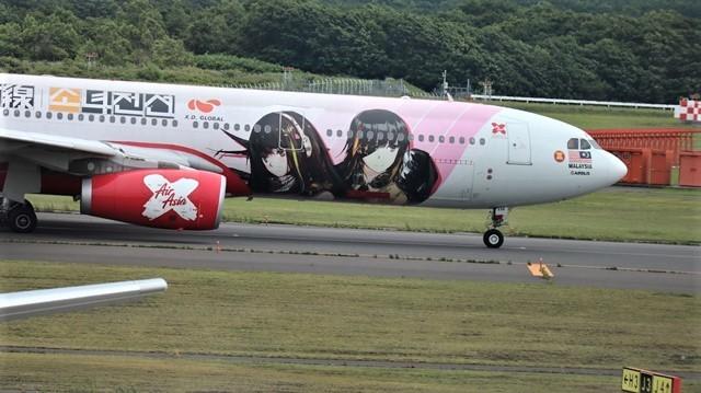 藤田八束の鉄道写真@札幌空港で離発着する飛行機、札幌空港からの貨物列車の写真、楽しい飛行機たちが勢ぞろいした札幌空港_d0181492_22454009.jpg