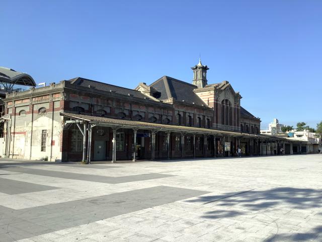 旧台鉄台中駅、美しい。_a0334793_02101355.jpg