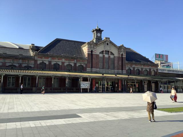旧台鉄台中駅、美しい。_a0334793_02102637.jpg
