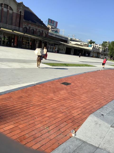 旧台鉄台中駅、美しい。_a0334793_02104471.jpg