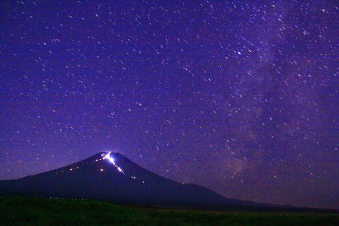 令和元年8月の富士(1)北富士演習場の星空と富士_e0344396_18562945.jpg