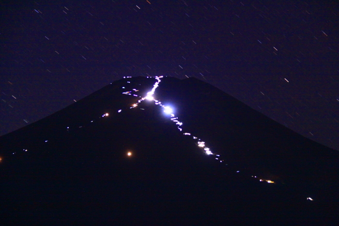 令和元年8月の富士(1)北富士演習場の星空と富士_e0344396_18563826.jpg