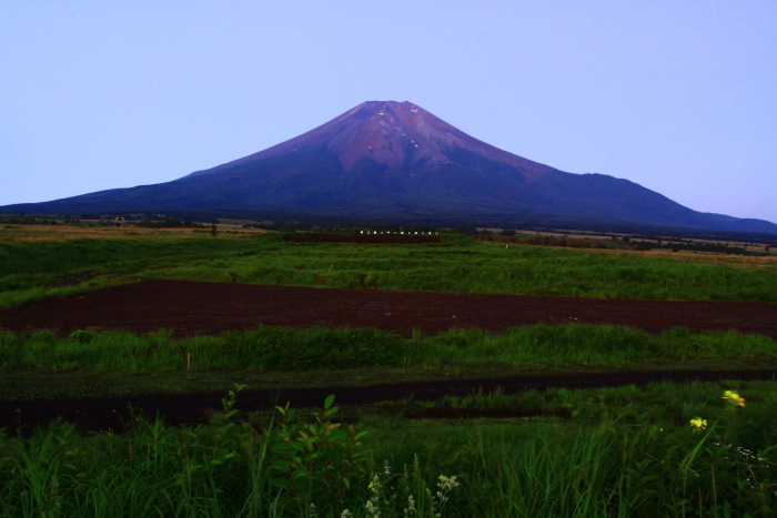 令和元年8月の富士(1)北富士演習場の星空と富士_e0344396_18570409.jpg
