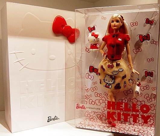 """キティちゃんファッションのバービー人形 \""""Barbie Hello Kitty Doll\""""_b0007805_10314867.jpg"""