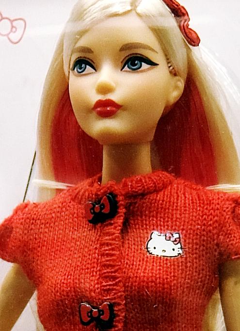 """キティちゃんファッションのバービー人形 \""""Barbie Hello Kitty Doll\""""_b0007805_10524210.jpg"""