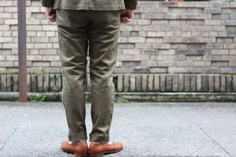 """「WORKERS」考え抜かれた \""""Officer Trousers, Type 2\"""" ご紹介_f0191324_07430349.jpg"""