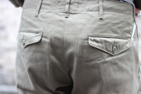 """「WORKERS」考え抜かれた \""""Officer Trousers, Type 2\"""" ご紹介_f0191324_07434491.jpg"""