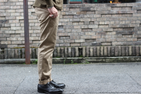 "「WORKERS」考え抜かれた ""Officer Trousers, Type 2\"" ご紹介_f0191324_07450119.jpg"