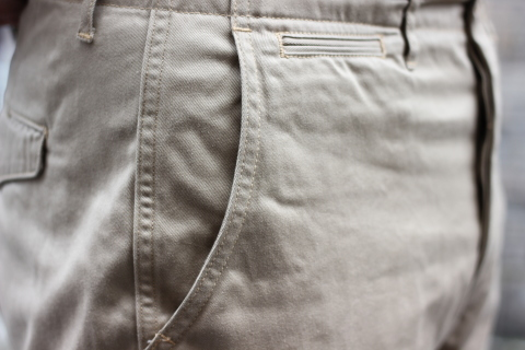 """「WORKERS」考え抜かれた \""""Officer Trousers, Type 2\"""" ご紹介_f0191324_07452938.jpg"""