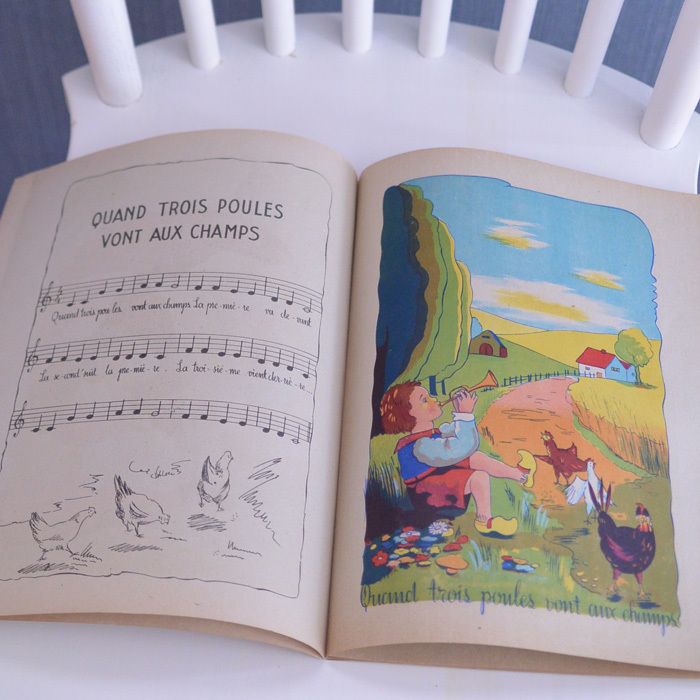 ◆フランスアンティーク*とにかく可愛い♡フランスの子供向けうたの本_f0251032_23091882.jpg
