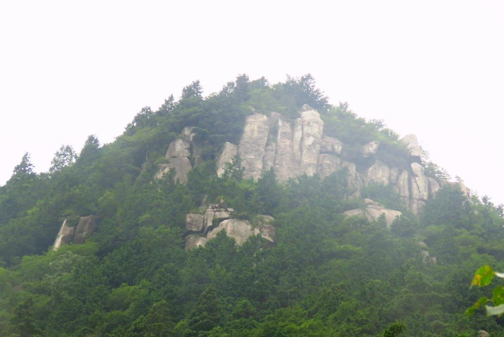 御在所岳峠岩クライミング_b0227552_20582018.jpg