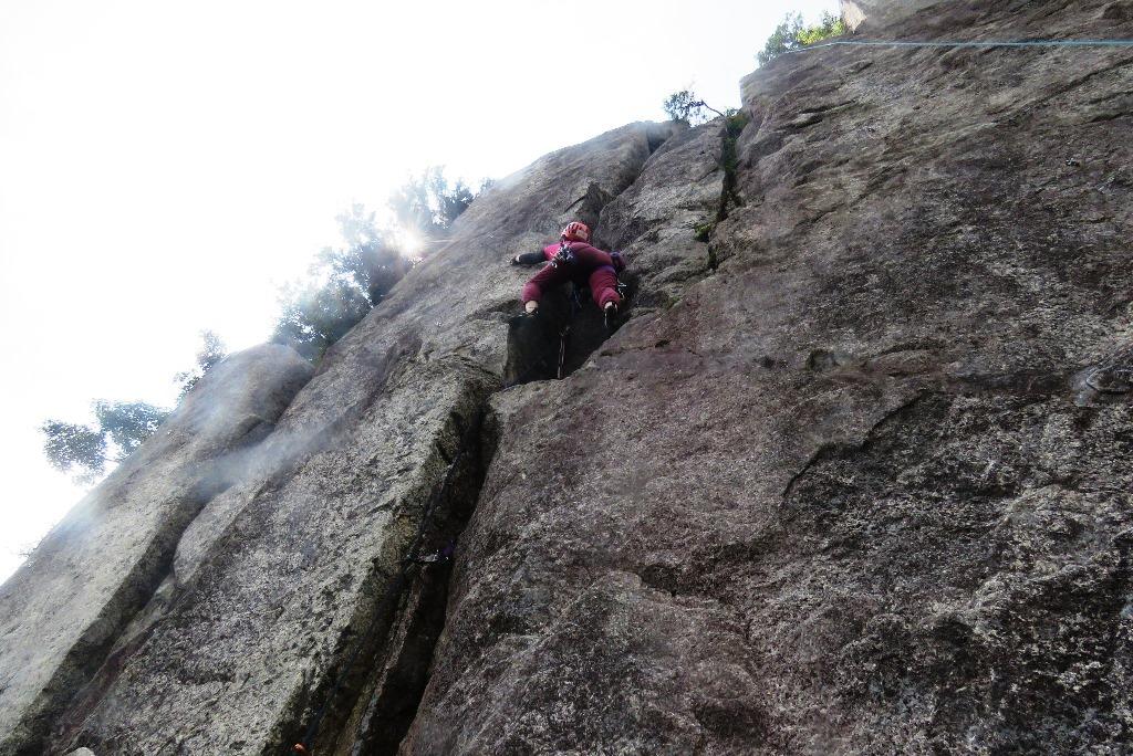 御在所岳峠岩クライミング_b0227552_20585667.jpg