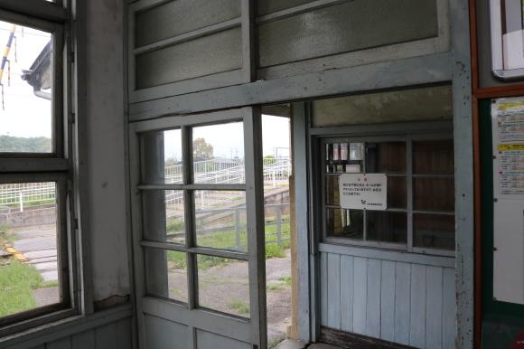 近江鉄道 鳥居本駅_c0001670_23054268.jpg
