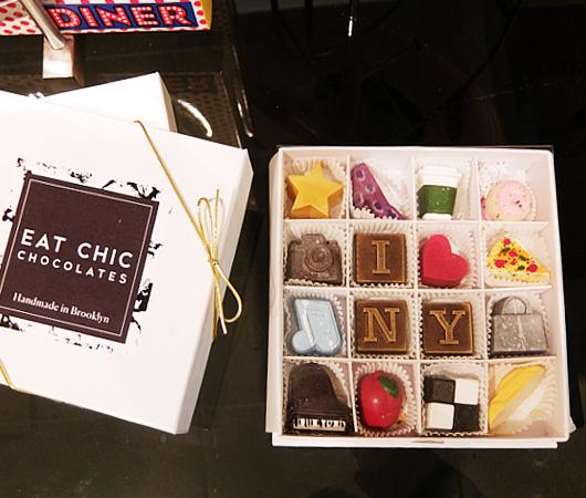 かわいいNYのシンボル型チョコレートの詰め合わせボックス_b0007805_09265039.jpg