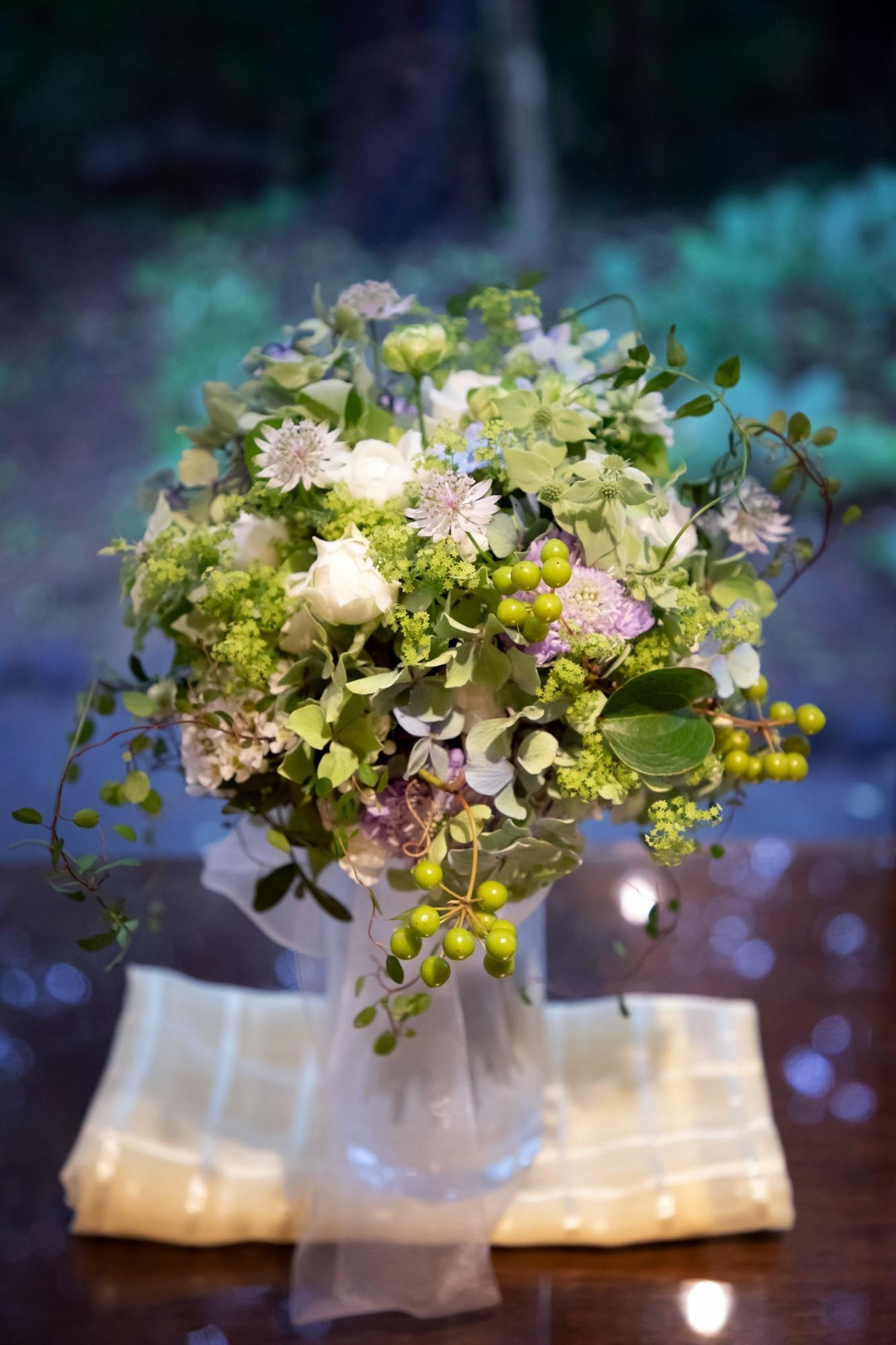 卒花嫁アルバム 軽井沢有明邸の花嫁様と花婿様、ハプニングを前に一花屋にできることすべて_a0042928_21260238.jpg