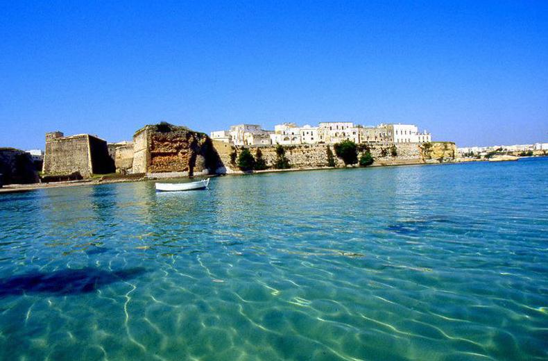 プーリアの夏旅には水着をもって!_b0305039_20511801.jpg