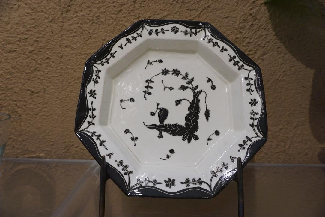 菅野一美さんのお皿が届きました_b0132442_19433586.jpg