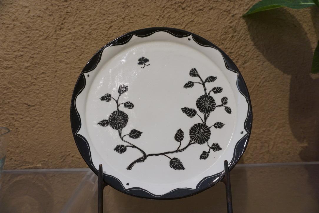菅野一美さんのお皿が届きました_b0132442_19433959.jpg
