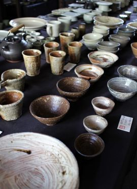 韓国古陶磁探求陶人展 本日より_a0279848_13402995.jpg