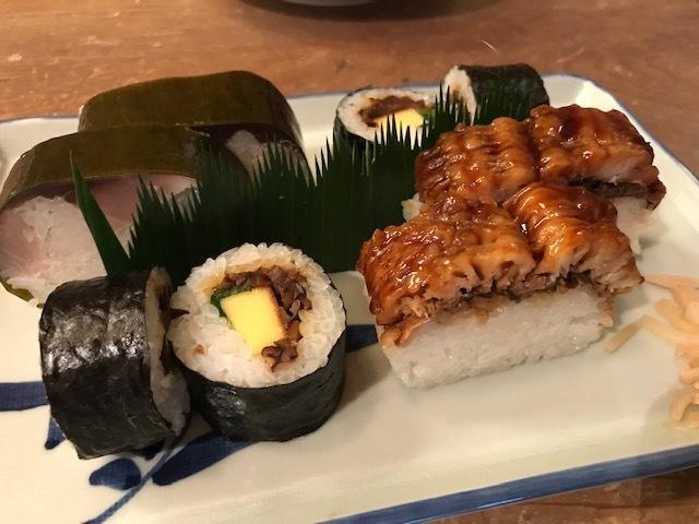 押し寿司と鯖寿司_f0232994_12154187.jpg