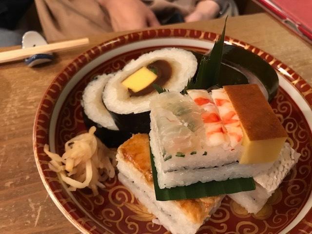 押し寿司と鯖寿司_f0232994_12231423.jpg