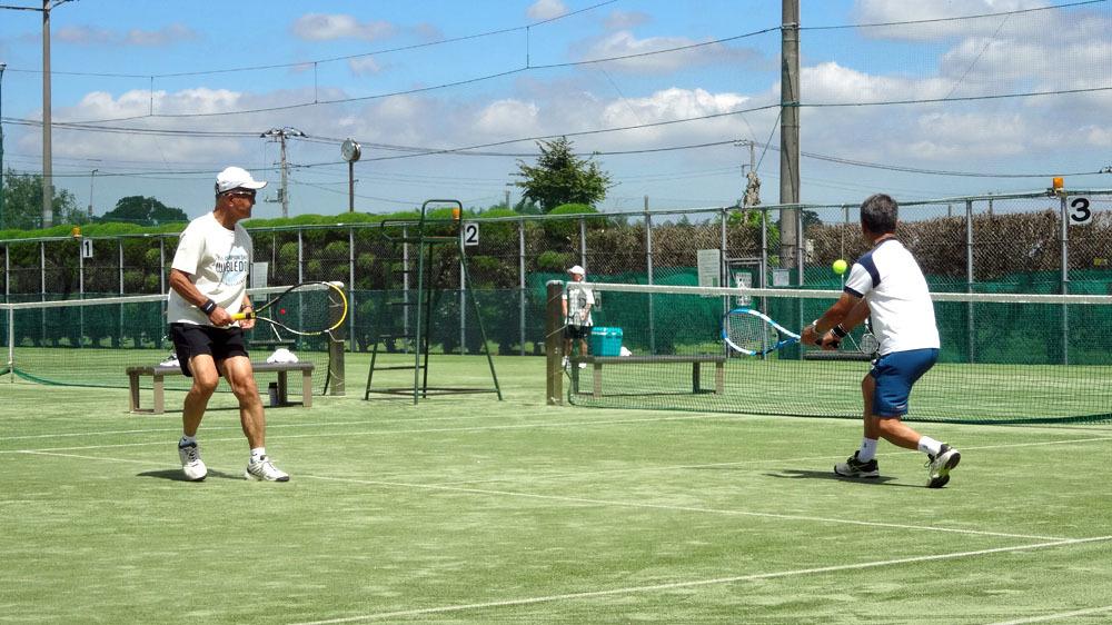 猛暑の中のシニアテニス_b0114798_18125301.jpg