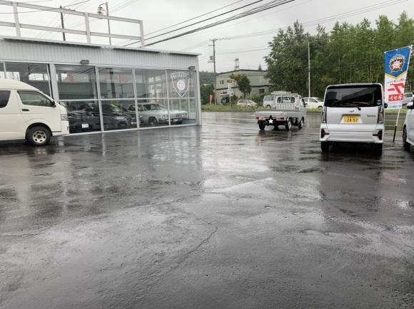8月8日(木)本店ブログ♪ フォード エクスプローラー リミテッド 入庫しました ランクル ハマー アルファード♪_b0127002_18381418.jpg