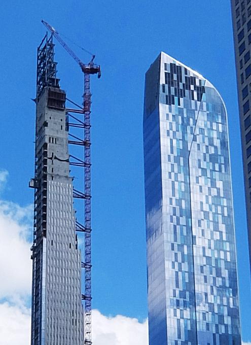 近年、ニューヨークでは「スレンダー」な高層ビルがトレンド⁉_b0007805_02515933.jpg