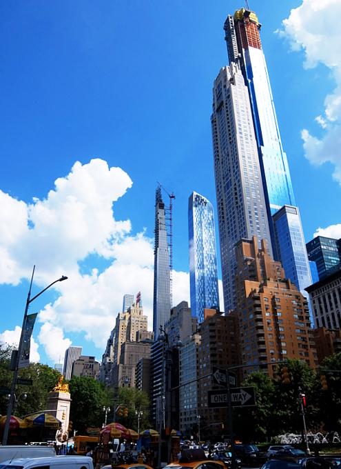近年、ニューヨークでは「スレンダー」な高層ビルがトレンド⁉_b0007805_02523279.jpg