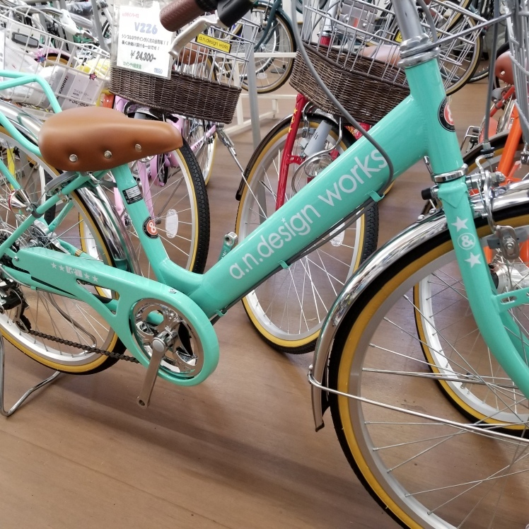 ライトグリーンな自転車_a0342910_12172270.jpg