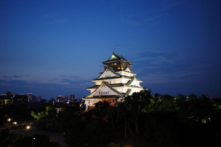 大阪城に乾杯!ミライザ大阪城のビアガーデン_f0209122_17333245.jpg