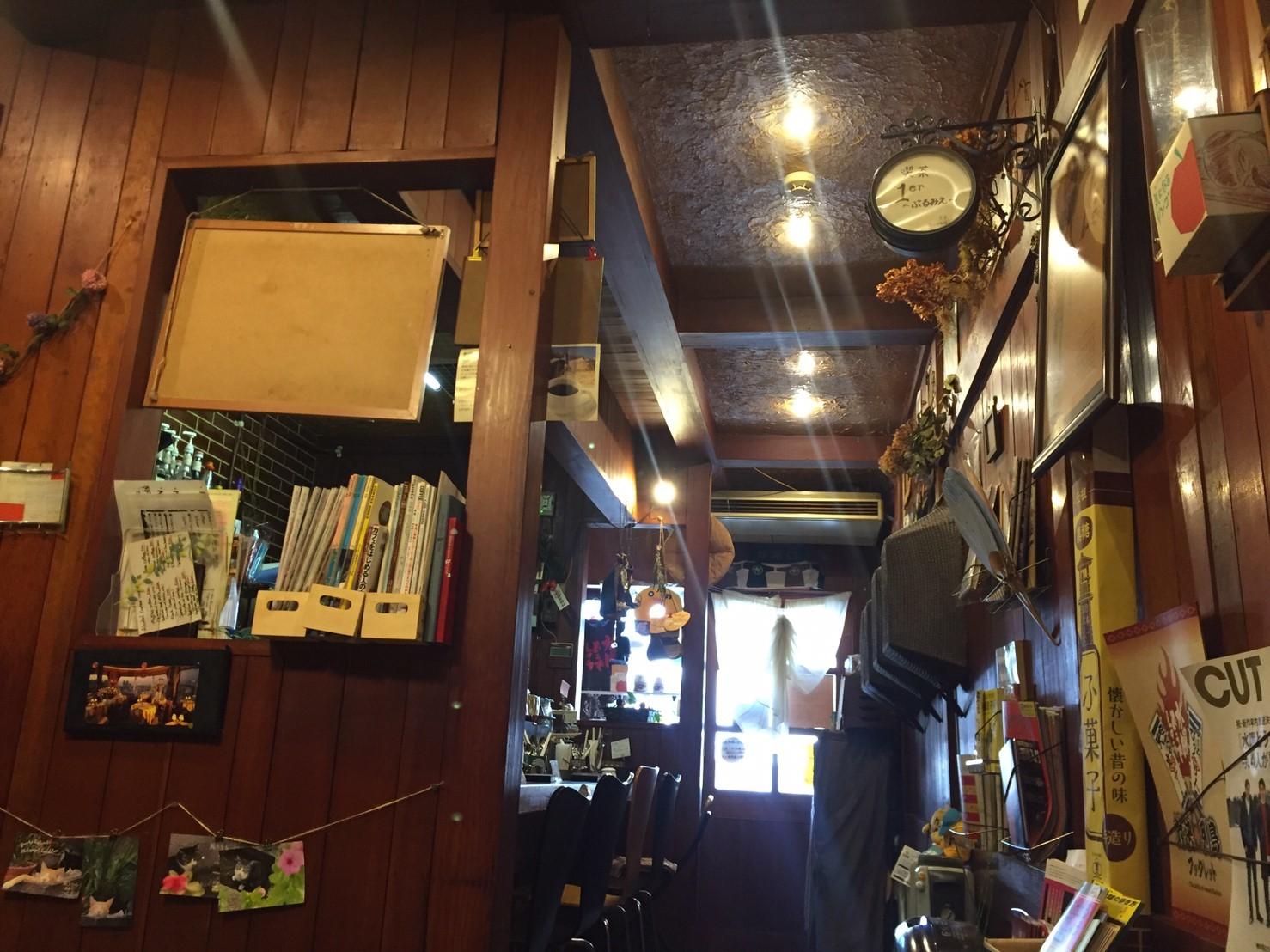 喫茶 1er ぷるみえ (ゴーヤ入りバターライスにアジアンカレーソースココナッツ入り)_e0115904_01564964.jpg